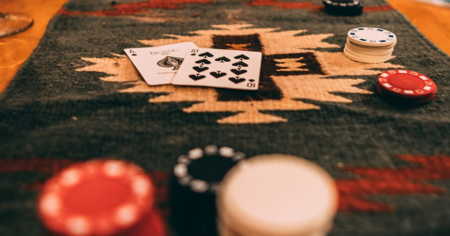 مهارات إدارة أموال لعبة ورق
