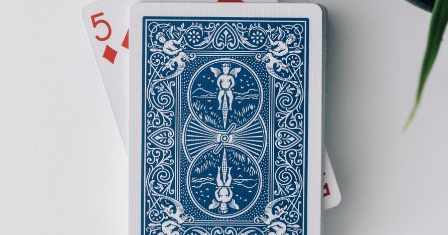 لعبة البوكر 3 بطاقات الحية من Evolution's