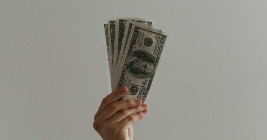 كل ما تحتاج لمعرفته حول المكافآت الترحيبية