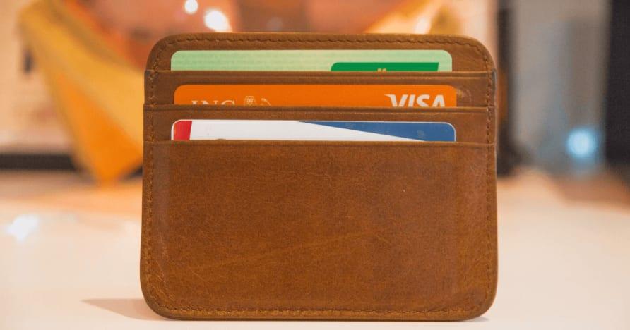 هي خيارات الدفع الآمن؟